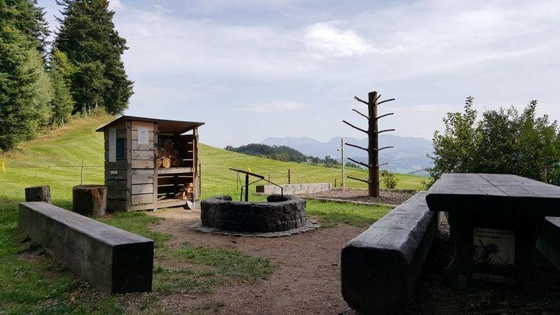Menzberg - Feuerstelle Ofenlochrutsche
